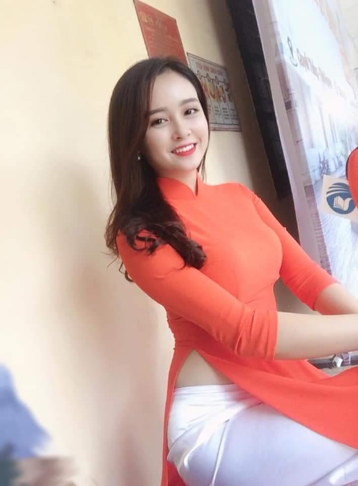 girl xinh áo dài sexy gợi cảm